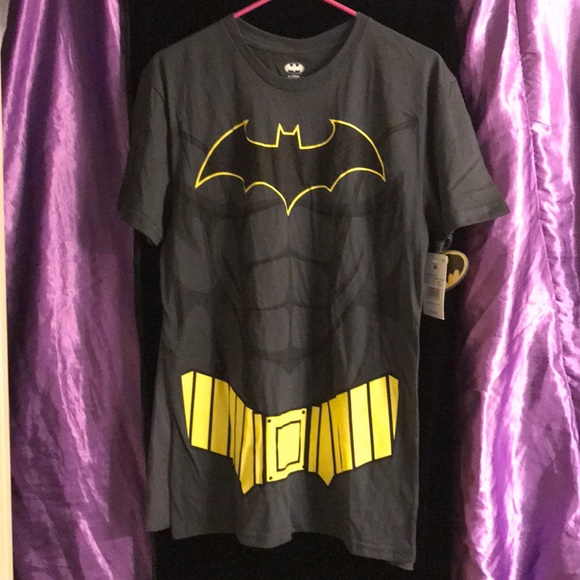 DC Comics Other - Batman Shirt with removable cape